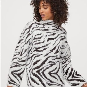 H&M fuzzy zebra turtleneck sweater NWT